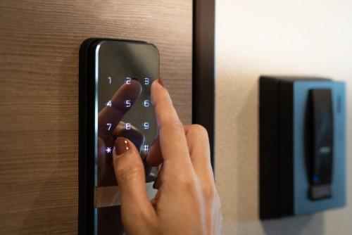 How Do You Use A Digital Lock?